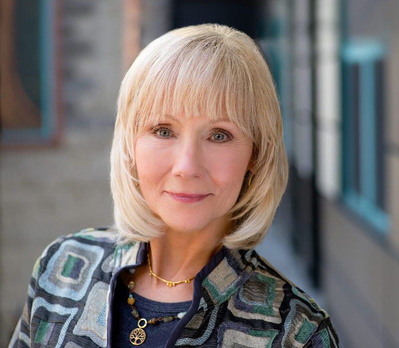 Linda Gartz is a six-time Emmy Award-honored documentary producer and author of the recently published book, Redlined: A Memoir of Race, Change, and Fractured Community in 1960s Chicago.